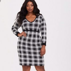Torrid BodyCon Plaid Sweater Dress - Size 1 - NWT